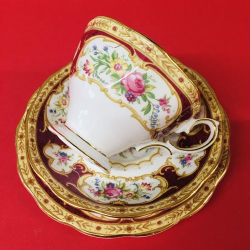 Royal Albert - Lady Hamilton - Trio - Collector